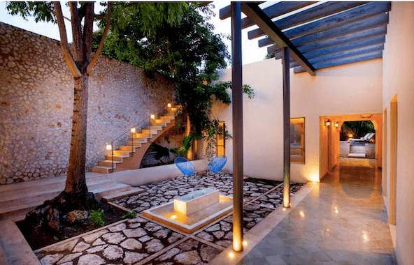 Casa con Patio Interior