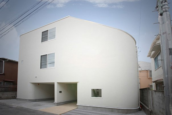 casa con tobogan