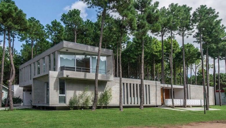 a71ce235d25b 10 increíbles planos de casas de dos pisos que te van a inspirar a ...